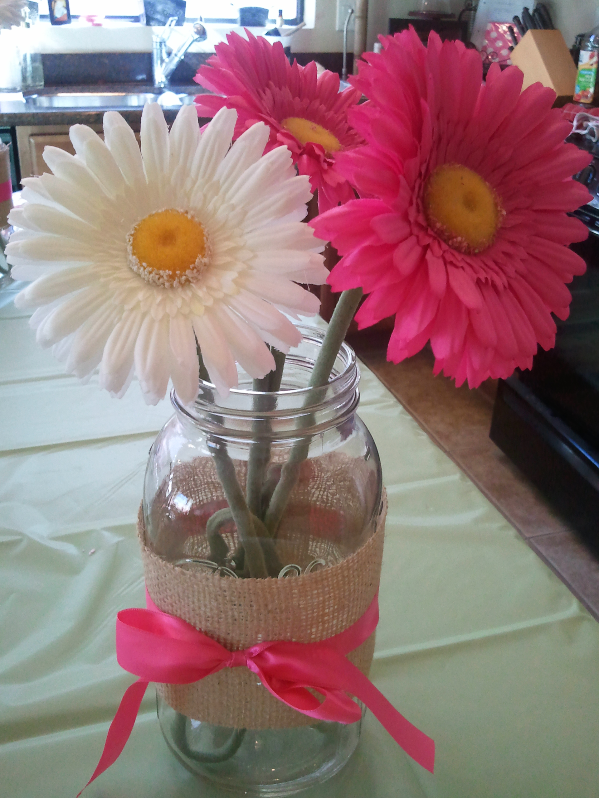 Babyshower for girl shower ideas baby shower for girl for Baby shower centerpiece decoration